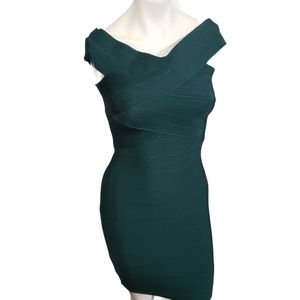 WOW COUTURE GREEN OFF THE SHOULDER BODYCON DRESS